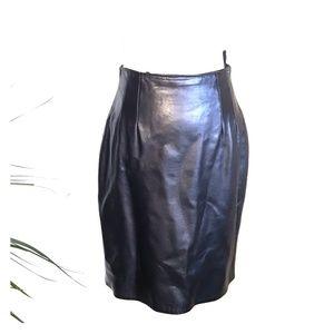 Bagatelle vintagevleather skirt sz 8 w 26 black